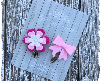 READY TO SHIP, Shocking Pink Soft White Wool Felt Flower Mini Bow Clip Set, Baby Clips, Infant Girls Adult Mini Snap Clips