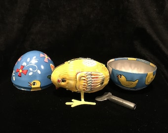 Vintage Haji Tin Toy - Egg and Wind Up Chick - Mechanical Toy - Made in Japan