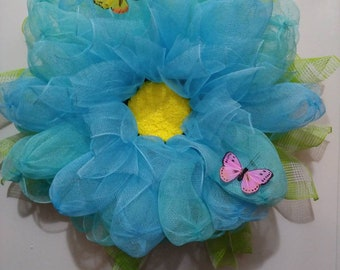 Blue Dahlia, deco mesh, butterfly, wreath