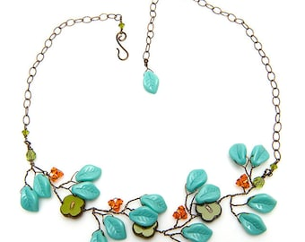 Green Turquoise Beaded Necklace, Floral Jewelry, Blue Leaf Necklace, Nature Jewelry