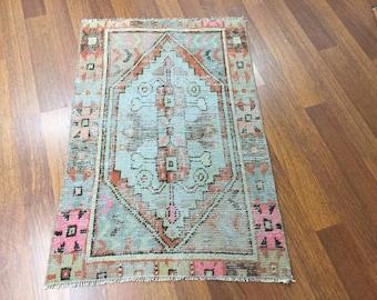 3 ft 5 in x 2 ft 4 in ( 108 x 73 cm ) Gorgeous runner rug pastel rug vintage rug  anatolian rug Qushak Turkish rug small rug