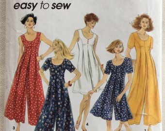 Simplicity Pattern 8235 - Scoop Neck Jumpsuit/Culottes/Romper - Sleeveless or Short Sleeves -Sizes 12-16 UNCUT