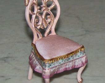 1:12th Dollhouse Carved Chair.  Painted and Glazed. Pink. Bespaq.