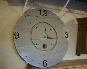 Wood spool clock