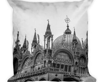 San Marco Basilica / Saint Mark's Cathedral Throw Pillow / Cushion