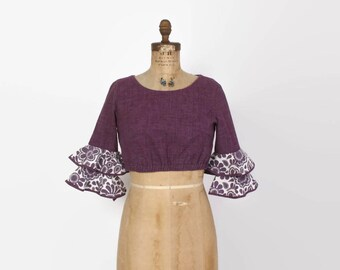 Vintage 70s CROP TOP / 1970s Ruffled Sleeve Plum Purple Blouse