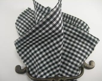 Ginham pocket square Black and white