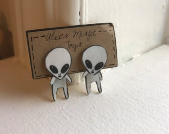 Alien Faux Gauge Clinging Earrings
