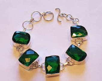 Fabulous Green Peridot Gemstone Bracelet in Silver plated Casing Fully adjustable Gorgeous Bling