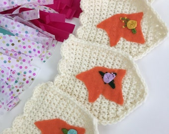Foxes, Orange Fox Garland, Woodland Nursery, Felt Foxes Banner, Embroidered Flowers, Crochet Garland, Crochet Fox Banner, Animal Garland