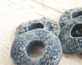 Dusty Denim Blue - Queen Anne's Lace rustic boho chic painted pressed flower donut link bead (ready to ship)