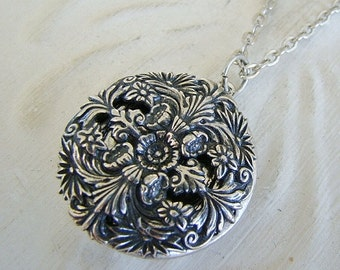 Silver Floral Locket  Bride Bridesmaid Wedding Mother Gift Birthday Anniversary Wife Daughters Photo Pictures  - Biana