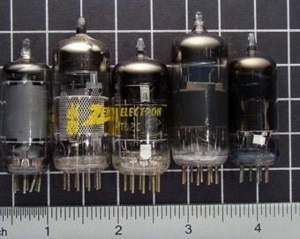 Lot of 5 Vintage Vacuum Tubes, Radio and Tv Electron Tubes, Electronic Parts in Glass and Metal, Guitar Amp or Amplifier Tubes 03787