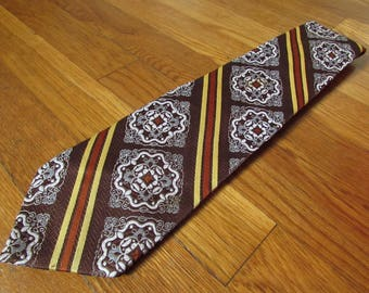 """1970s """"Used Car Salesman"""" Wide Necktie in Brown Mustard Yellow Rust and White by Haband"""