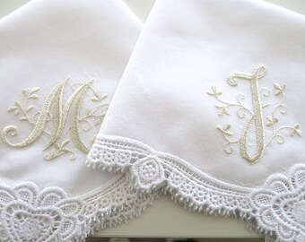 Wedding Hankerchief Collection: Wedding Hankie with Floral Design 1-Initial Monogram