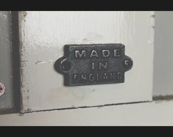 Cast Iron  'Made in England'  Plaque Great Rustic Sign 40mm
