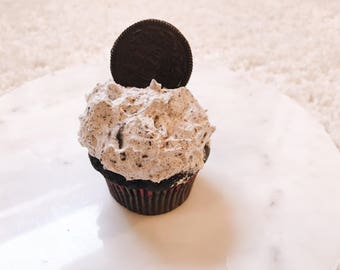 Vegan Chocolate Oreo Cupcakes