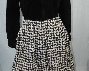 Vintage 60s/70s Houndstooth Maxi Dress