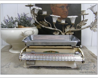 SHABBY white table scales - country iving