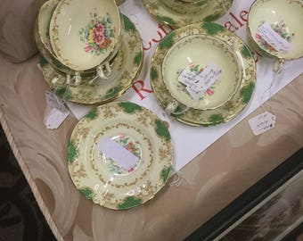 Stratford vintage soup cups and saucers