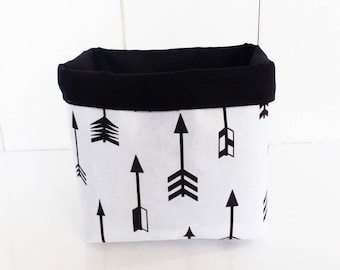 Basket / pot fabric geometric large arrows and plain black and white