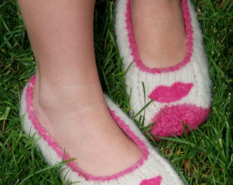 Lip Smacking Felted Slippers, ladies felted slippers, felted slippers, ballet flats, adult felted slippers, felted detailed slippers