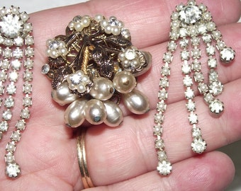 Superb Vintage 2 pc Art Deco Rhinestone and (faux?) pearl set Jewelry lot ..Early 1940's...#35g.