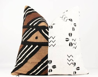 "22"" x 22"" Kazoo mixed mudcloth pillow 