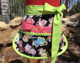 SALE ~ Calico Cats Vendor Apron,  Half Apron, 6 Pockets, great for Gardening, Utility, Teachers, Teachers Gifts, Loralie