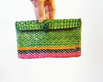 Vintage Woven Raffia Bag / Tiny Rainbow Stripe Clutch / Boho Chic Pocketbook / Retro Island Beach Purse