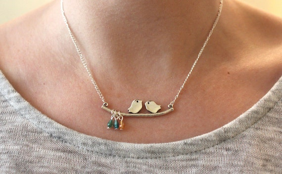 Birthstone necklace, gift for mother, personalised gift, bird necklace, personalised necklace, family necklace, gift for gran, gift for mum