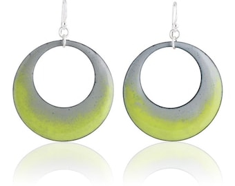 Green Mod Circle Enamel Earrings
