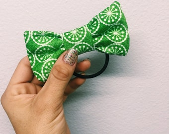 Green Snowflake Bow