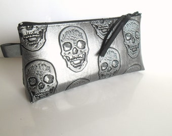 Kit skull faux leather