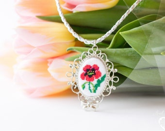 Floral embroidered necklace Red poppies // Vintage embroidery // Needlepoint pendant // Cross stitch pendant