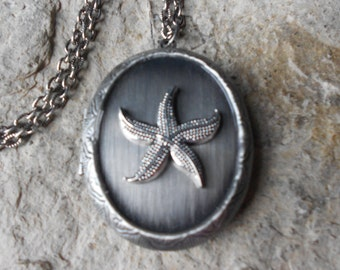 Antiqued Silver Starfish Locket!!! High Quality - Cruise - Summer - Beach - Vacation - Nautical,  - Photos, Keepsakes, Christmas