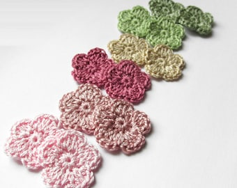 Tiny flower appliques, 12 pc., 0.8 inches, crocheted, green pink mix