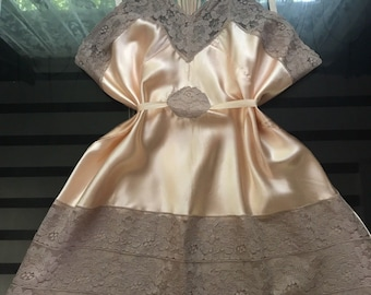 Old Hollywood Glamour 1930's Vintage Peach Pink Satin & Lace Step In Teddy