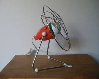 Vintage 1970's fan / made in italy / FOURNITEC / table fan / homedecor.