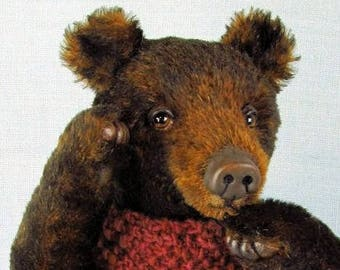 Collectors artist teddy bear in super soft German mohair with needle sculpted leather toes