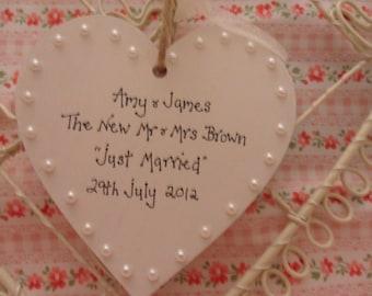 Personalised wedding heart keepsake vintage look pearls 8cm