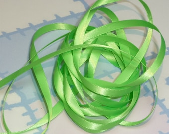 ACID GREEN DouBLe FaCeD SaTiN RiBBoN, Polyester 1/4 inch wide, 5 Yards