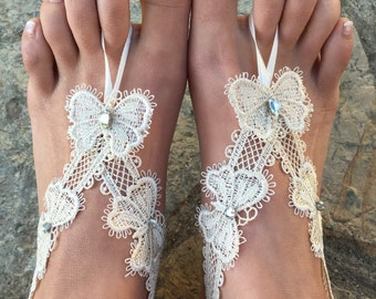 Butterfly Barefoot sandals..ivory lace wedding barefoot .beach wedding accessories bridesmaid gift.. bride lace anklets
