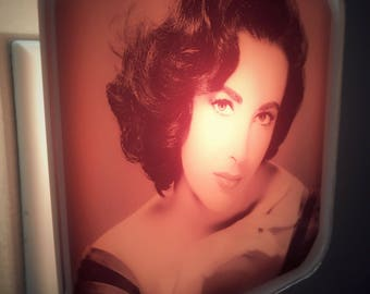 Elizabeth Taylor Night Light, Liz Taylor, Old Hollywood, Glamour, Vintage, Retro decor, Pink, Girly Decor, 50s, Gift for her, Mothers Day