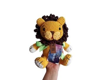 crochet lion - woodland animal - jungle animal - zoo - cotton toy - knitted lion - stuffed animal - amigurumi lion - made to order