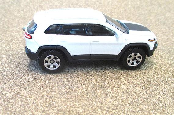 Jeep Keychain Cherokee Trailhawk Die Cast 2014 4x4
