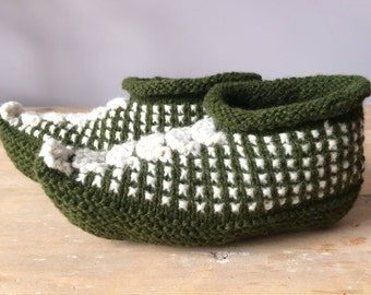 Wool slippers. Hand knitted slippers. Natural  dark green and white  wool slippers. 100% wool slippers.