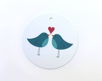 Gift tag with two illustrated blue birds and heart – set of 12