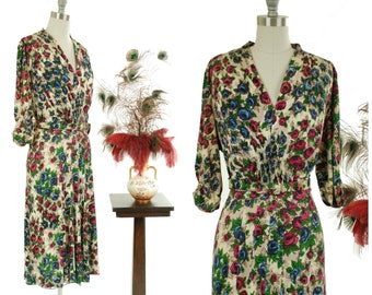 RESERVED on LAYAWAY  1940s Vintage Dress - Coloful Floral Print Rayon Jersey 40s Day Dress with Shirred Bodice XL