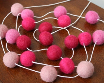 Felt Ball Garland, Pink Ombre, Pom Pom Garland, Banner, Party Decor Valentines Day Decoraation